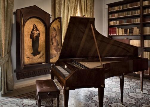 Foto per Mon. in Musica_pianoforte di palazzo siotto